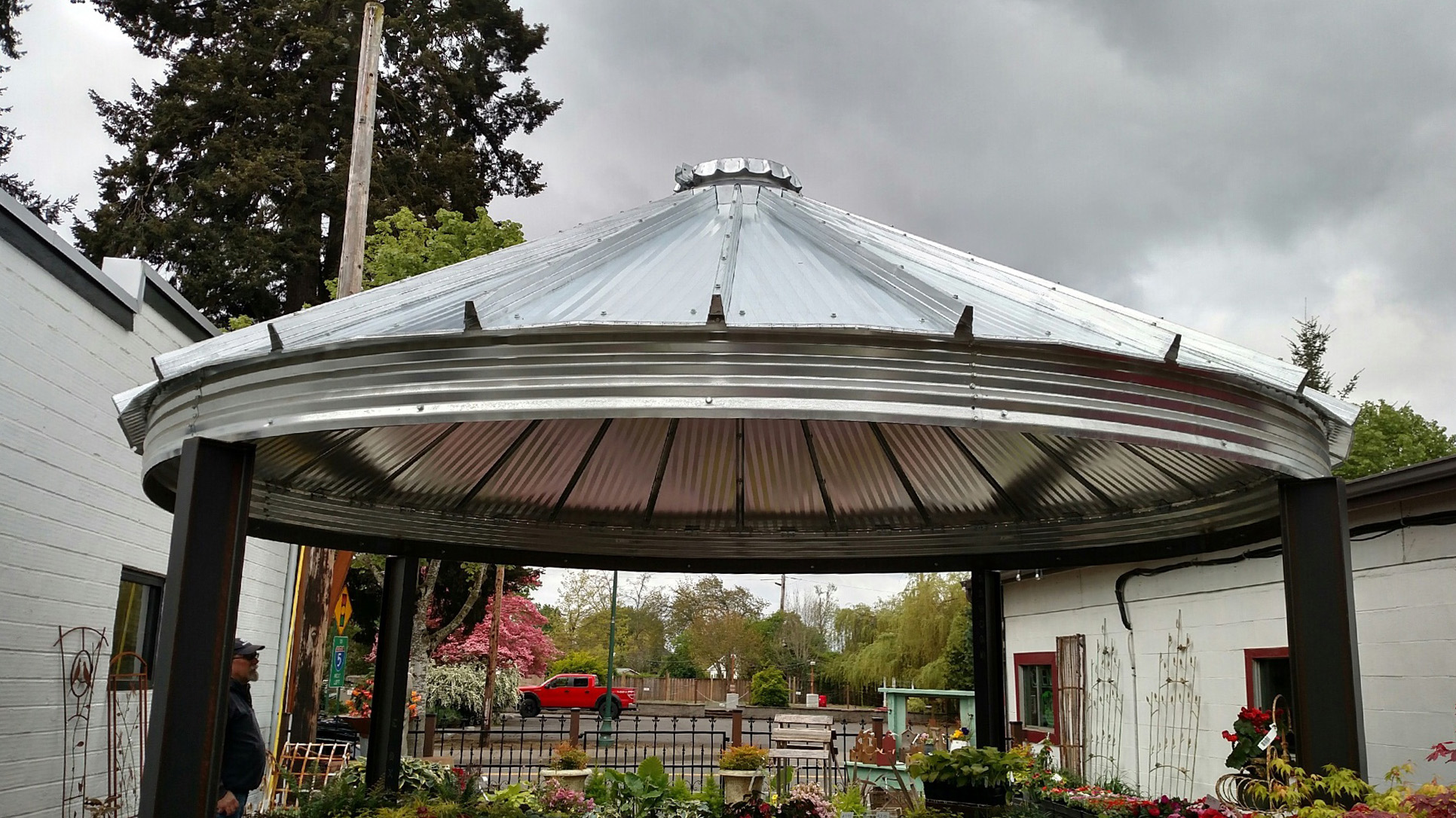 Patio Bin Roof